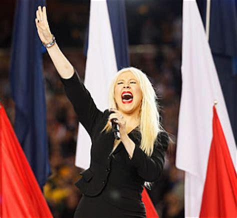 Topsi News: Worst National Anthem Singers