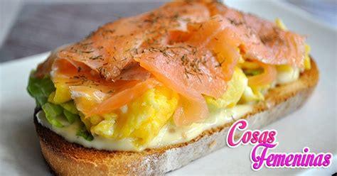 Tosta de salmón ahumado - Recetas con salmón ahumado