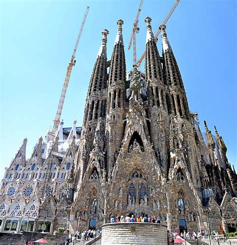 TOT PASSEJANT: La Sagrada Familia. Façana del Naixament ...