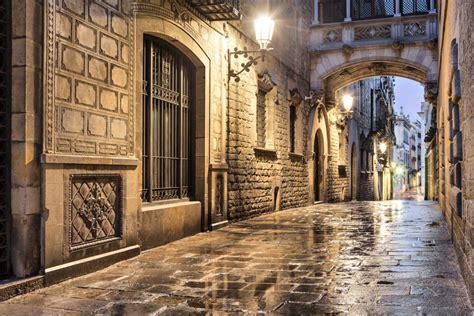 Tour de los misterios y leyendas de Barcelona - Civitatis.com
