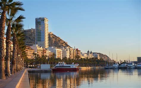 Trabajos En Alicante Capital. Pobres Empleos Dignos En La ...