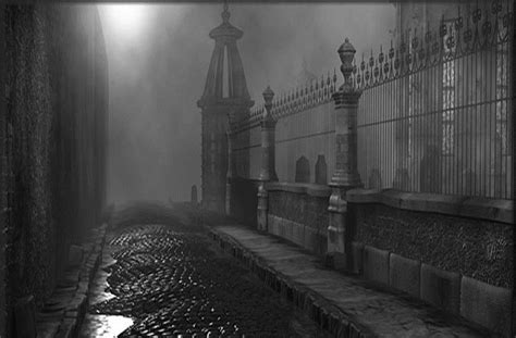 Tragedy, Tragic and Gothic Literature – Emily Brown
