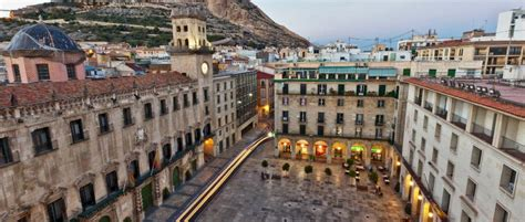 Trains from Barcelona to Alicante: From £13 | GoEuro