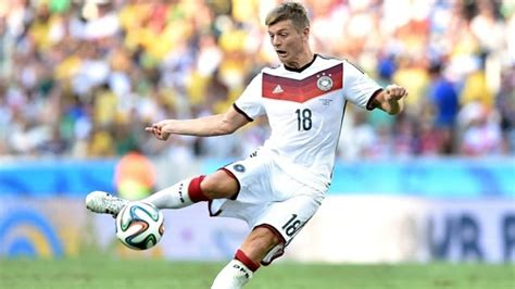 Transfermarkt: Toni Kroos, Falcao und James Rodriguez zu ...
