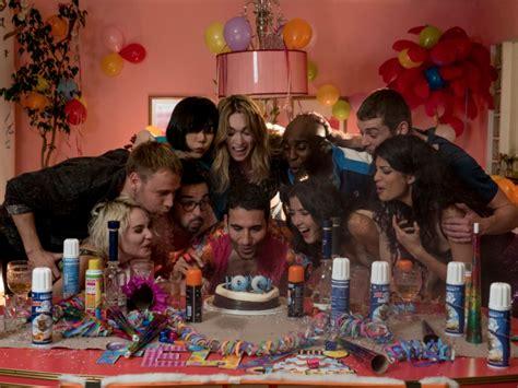 Tras dos temporadas, Netflix cancela  Sense8  • ENTER.CO