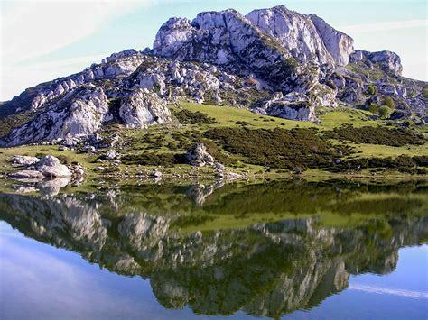 Trekking Macizo Occidental Picos de Europa   Frontera ...