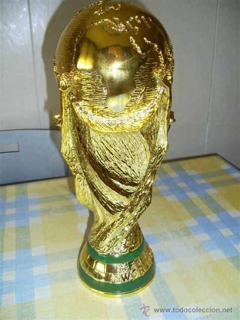 trofeo copa del mundo fifa.   Comprar Medallas deportivas ...