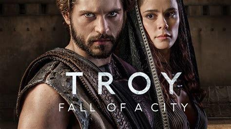 Troy: Fall of a City. C'è Omero che si rivolta nella tomba ...