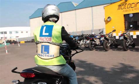 Trucos para sacar el carnet de moto   extramotor.com