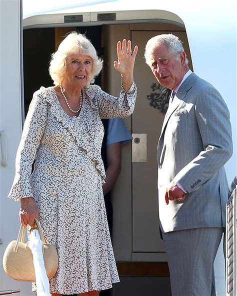 Tú rostro me parece familiar!' El príncipe Carlos bromea ...