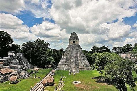 Turistas visitan Guatemala por cultura maya y tradiciones