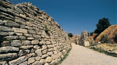 Turkey: Where to visit Troy, the ancient Greek city made ...