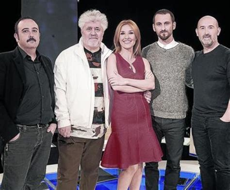 TVE 1 opta por el humor y el cine
