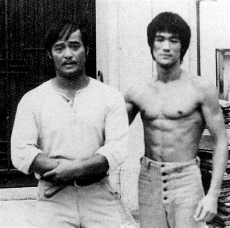 UFC star Anderson Silva trains with Bruce Lee s Master Dan ...