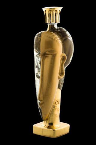 Um Mil - O Luxo dos Luxos: A garrafa de água mais cara do ...