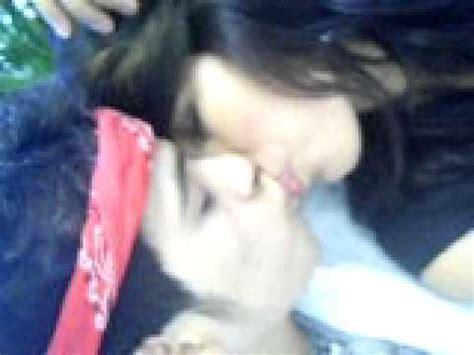 un beso apasionado que rico!!   YouTube
