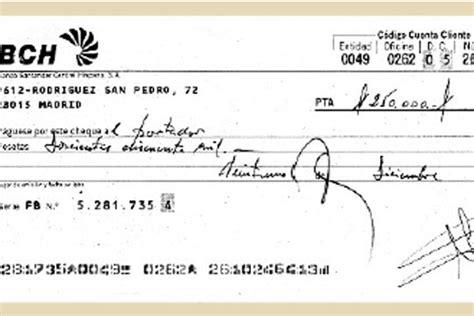 Un cheque al portador y una cuenta  fantasma    Edición ...
