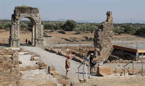 Un día cualquiera en una ciudad romana | Cultura | EL PAÍS