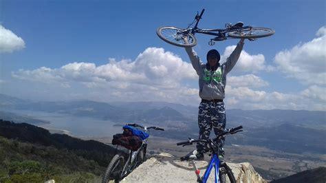 Un Estudiante En Bici En Bogota - Deportes - Taringa!