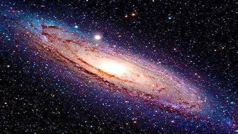 Una app de la Nasa permite explorar el espacio ...