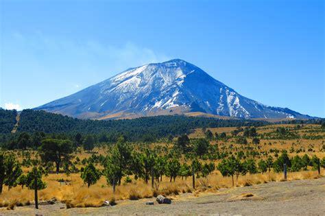 Una mirada al Volcán Popocatépetl y el Iztaccíhuatl ...