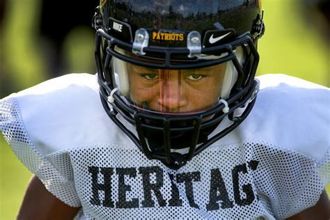 Undersized running back stars at nationally ranked Florida ...