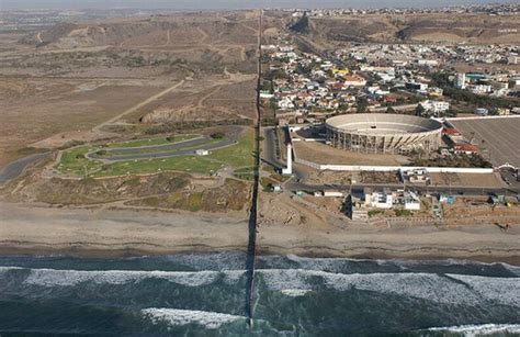 United States-Mexico Border ~ Damn Cool Pictures