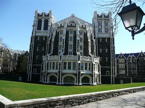 Universidad de Nueva York ofrece becas sin importar ...