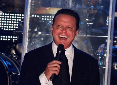 Univision To Develop Luis Miguel TV Series Competing With MGM