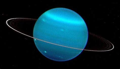 Urano apesta a huevos podridos - Libertad Digital