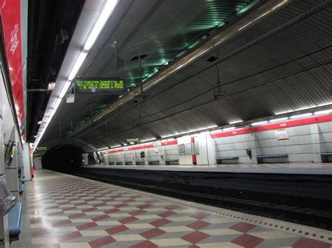 Urgell (Barcelona Metro) - Wikipedia
