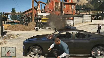 Vaizdas:Grand Theft Auto V combat.jpg – Vikipedija