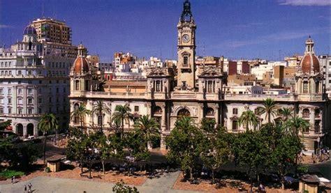 Valencia calcula la huella de carbono de sus ciudadanos