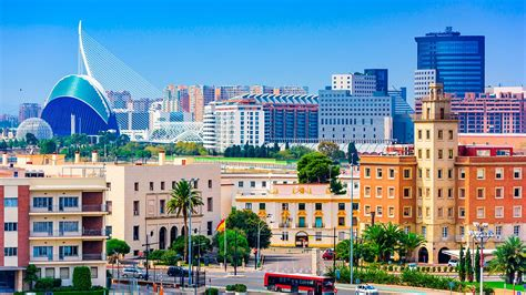 Valencia Hotels from £32 | Cheap Hotels | lastminute.com