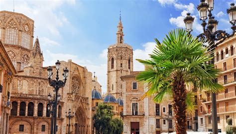 Valencia Travel Guide and Travel Information | World ...