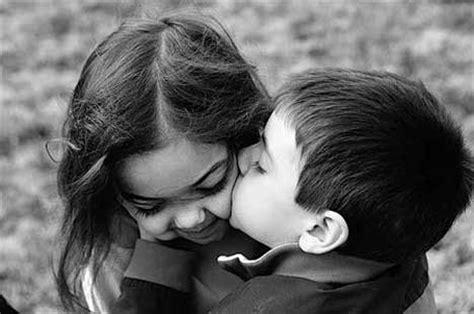 Valentine Kisses & Hugs   Let s be in Love Forever
