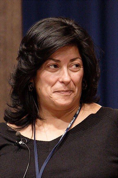 Valledelkas: Almudena Grandes trae su novela a Vallecas