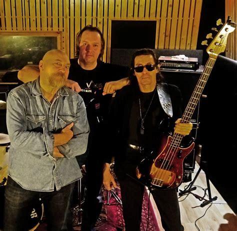 Vardis Announce New Bass Player - Worship Metal