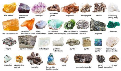 Varias Piedras Preciosas Y Cristales En Bruto Con Nombres ...