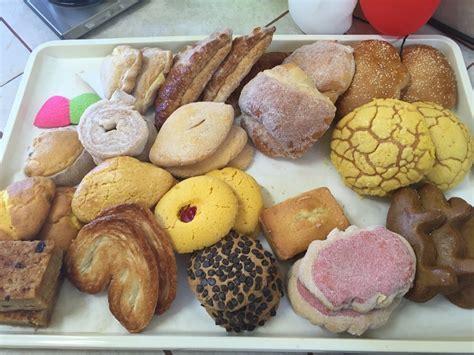 Variedad de pan mexicano   Yelp