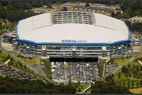 Veltins Arena es un estadio ubicado en Gelsenkirchen ...