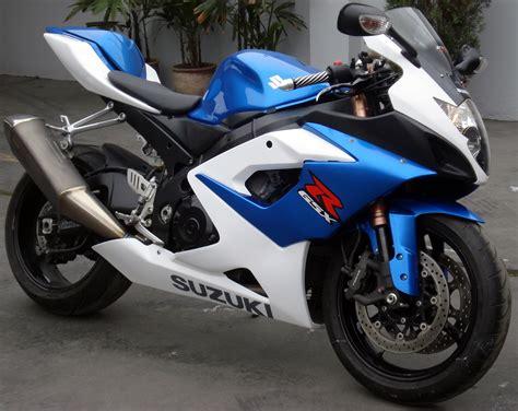 Vendo Moto Suzuki GSXR1000 año 2006