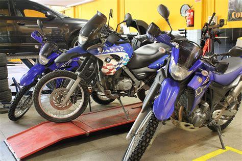 Venta y reparación de neumáticos para motos - Pneumatics ...
