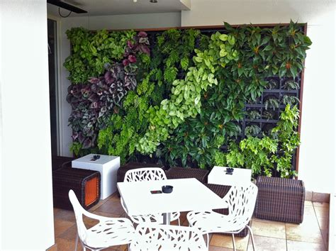 Vertical Gardening, a sustainable food source   Blue ...