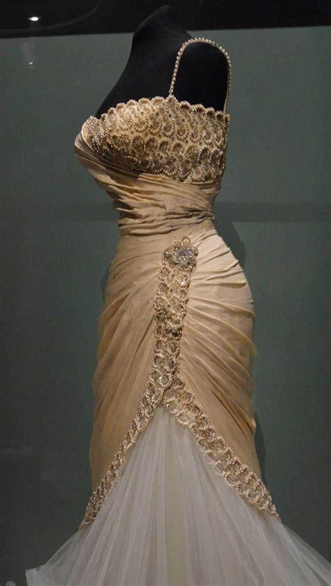 Vestido de Maria felix en hilos de historia | epoca ...