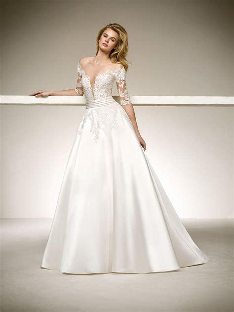 Vestido de novia de princesa de cuento. DESEO 2018 | Pronovias