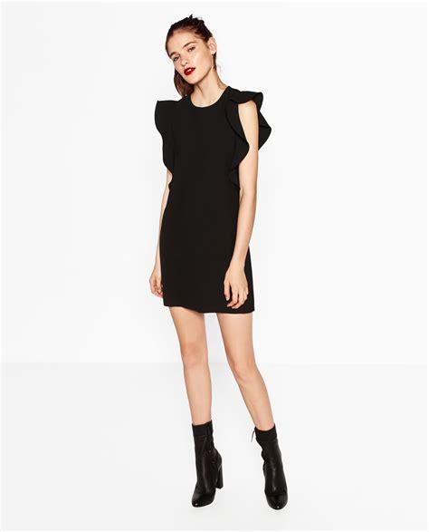 Vestidos negros de Zara para las comidas y cenas de empresas
