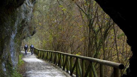 Vía verde de la senda del oso - Railastur.es