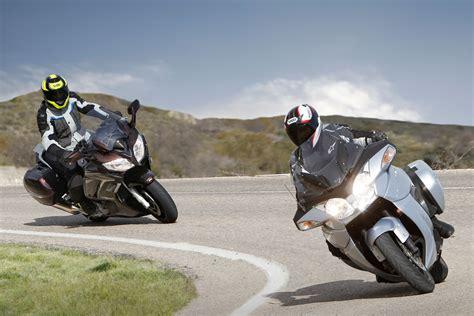 Viajar en moto: Descansos y evitar el cansancio | Moto1Pro
