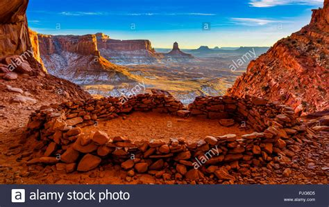 View from the inside of the False Kiva, Canyonlands ...